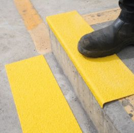 Anti-Slip FRP Stair Nosing